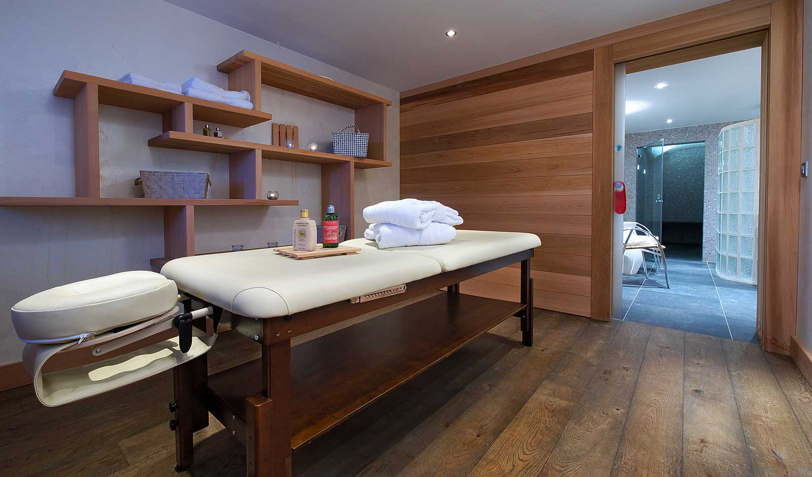 hotel-adray-telebar-7-atelier-crea-and-co-architecte-design-project-manager-meribel-savoie