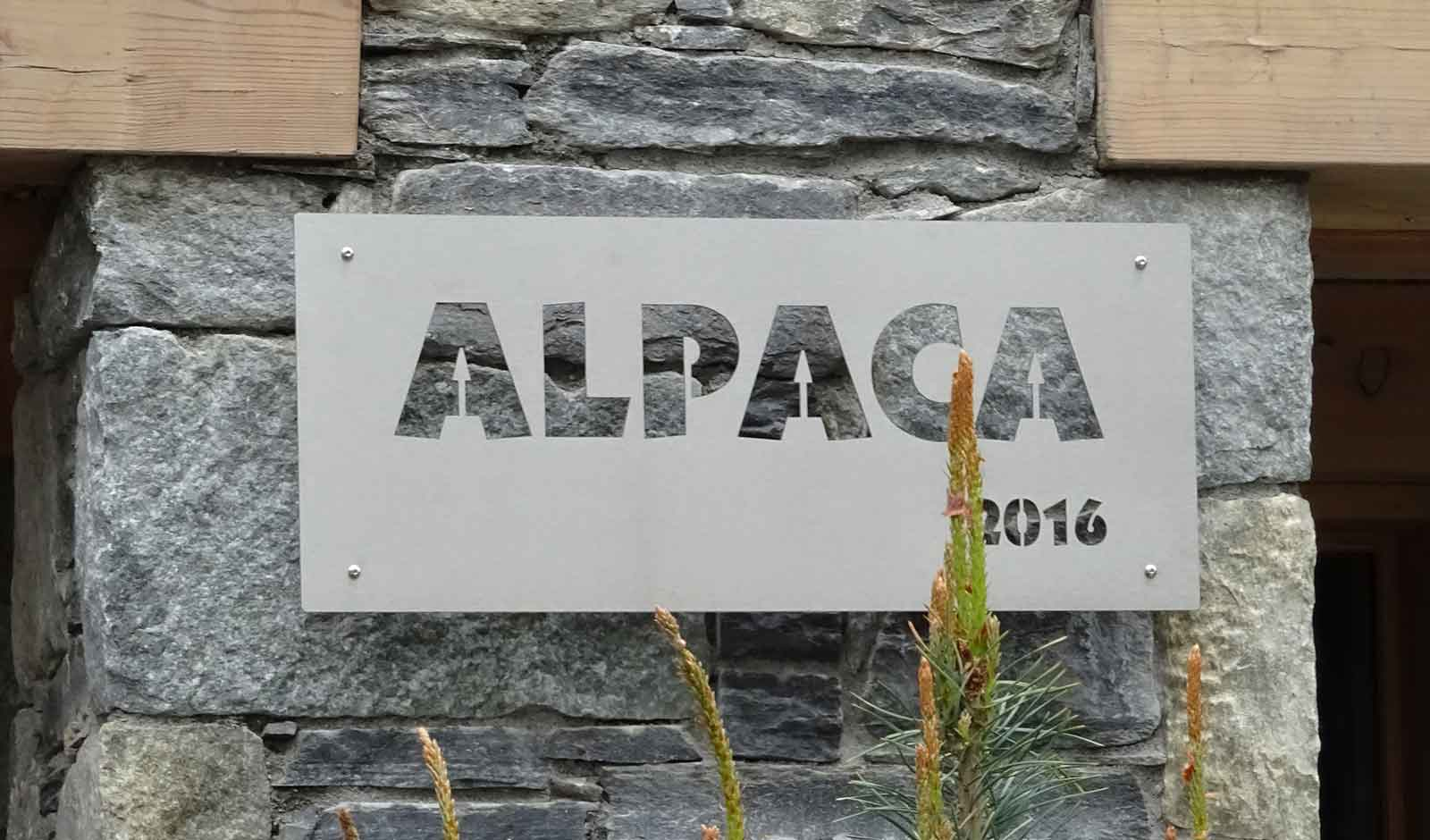chalet-alpaca-1-2-atelier-crea-and-co-architecte-design-project-manager-meribel-savoie
