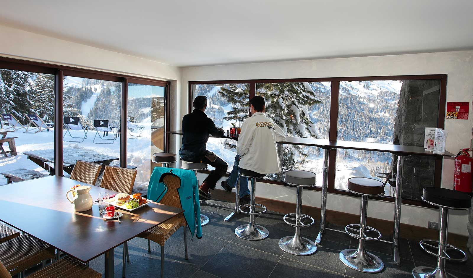 hotel-adray-telebar-10-atelier-crea-and-co-architecte-design-project-manager-meribel-savoie